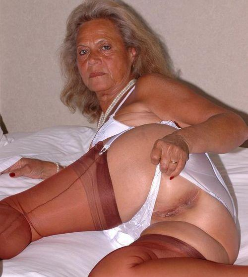 Brianne a 68 old debauched ANAL GRANNY loves hardcore anal sex