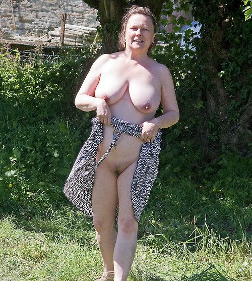 Miranda a 4 old perverted FLASHING GRANNY with a great upskirt flash
