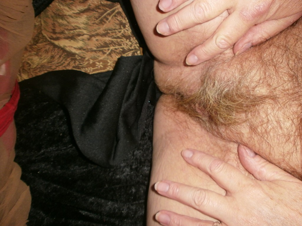 hot upskirt view of granny carols old errected pussy