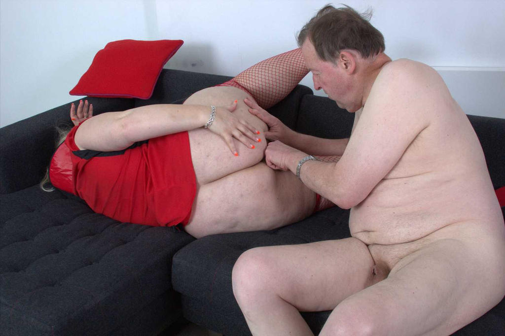 ugly granny gets fisted by the granny lover