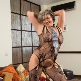 swinger granny in crouchless stockings #14_thumb