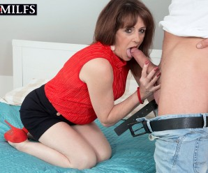 unemployed british mature spends her teaching young guys