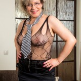 swinger granny in crouchless stockings #13_thumb