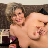 swinger granny in crouchless stockings #7_thumb