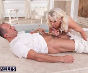 60plus gilf lady s rewards her masseur with an unforgettable oral orgasm