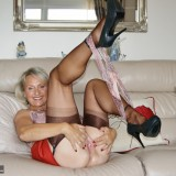British swinger granny sugarbage fingering her ass and getting off at home #12_thumb
