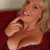 lucious chubby 55 years old granny mom with useful cunt waits for a refill #8_thumb