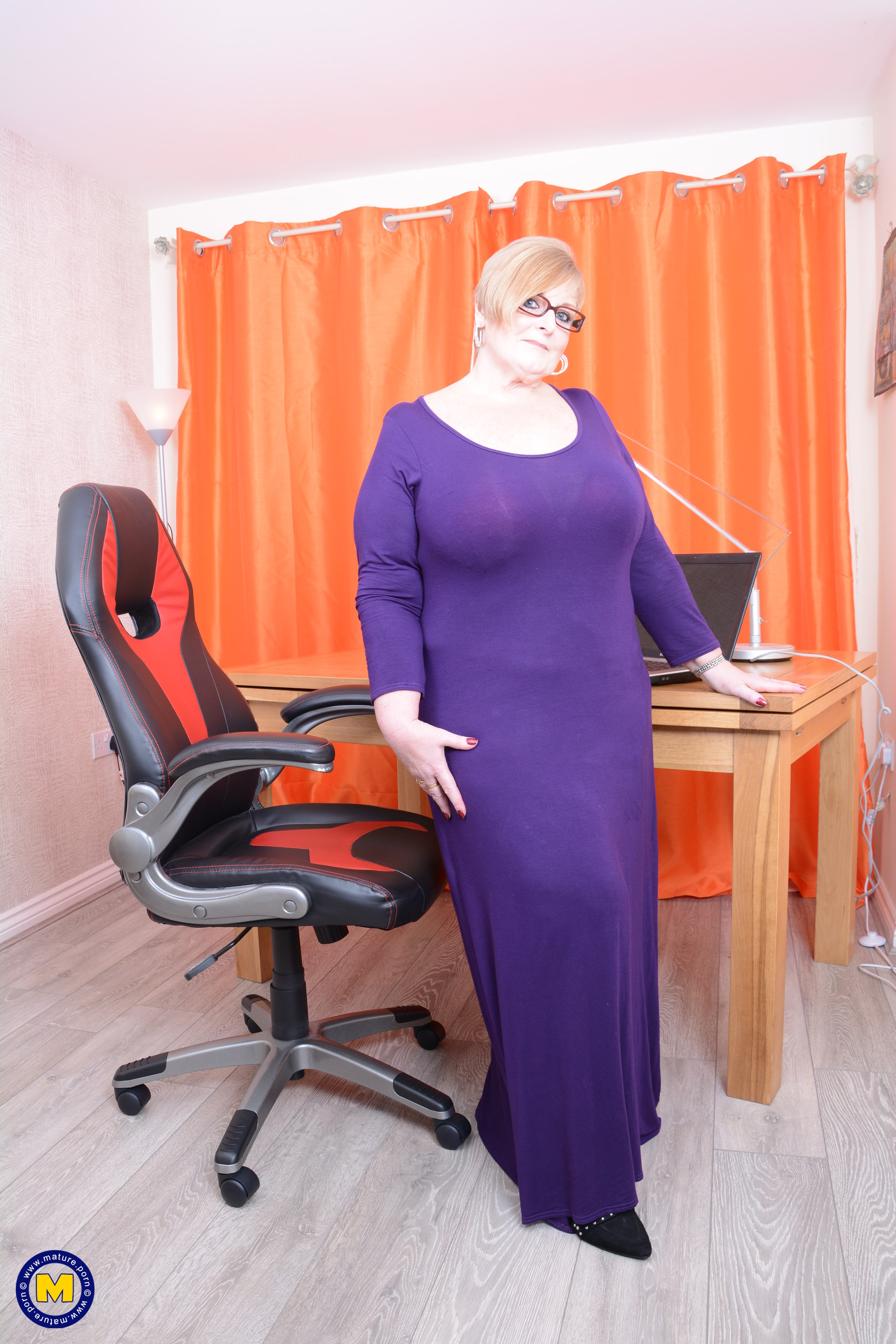 my busty ole office granny feels kinky today – bertha 59 begging for payroll raise #1