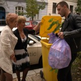 Granny shares her sugarboy with her best old friend. picture 3
