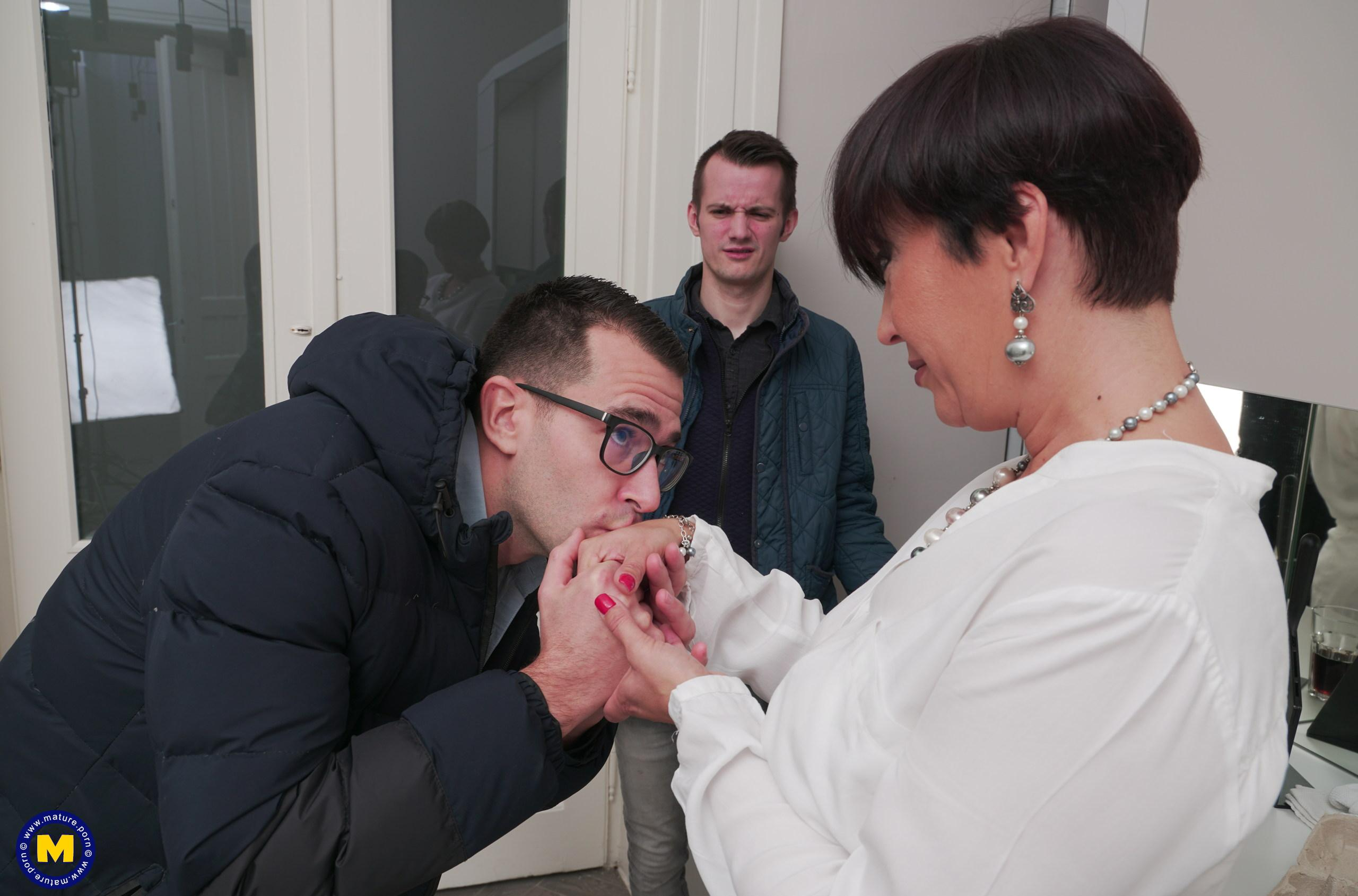 Little unofficial anal gangbang with granny finance director before she retires. picture 2