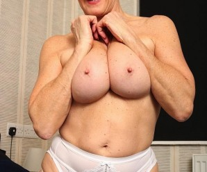 seniors sex with posh 60 year old divorced and unfucked grandma elsie