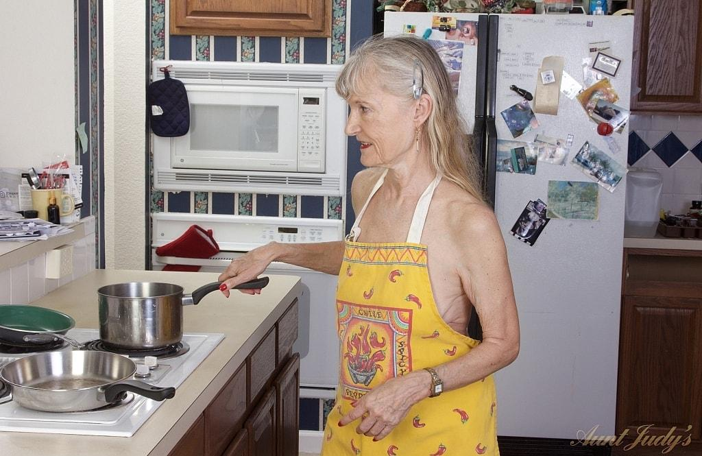 grandmother will feed you accordingly picture 2